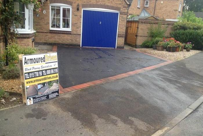 tarmac driveway with border
